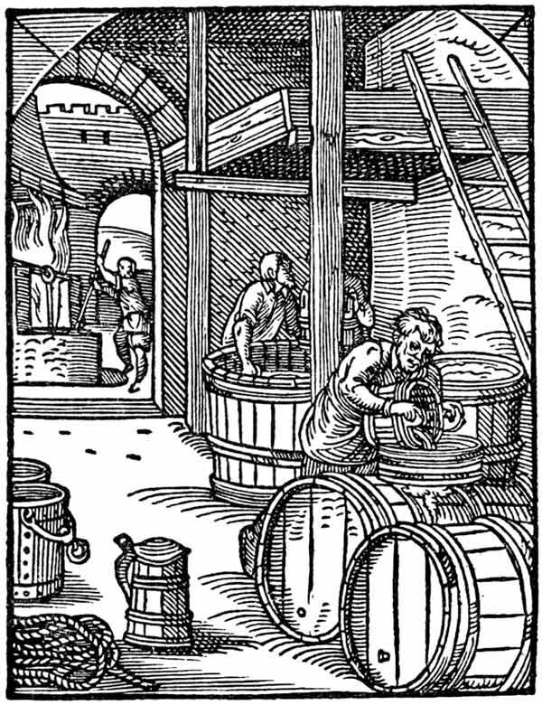 Mittelalterliche Bierbrauer bei der Arbeit